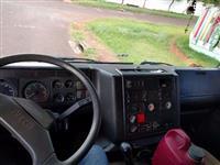 Caminhão Iveco 450E37370 ano 05