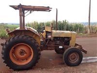 Trator Valtra/Valmet 65 4x2 ano 74