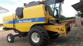 Colheitadeira Agrícola, Marca New Holland, Modelo 5070, ano2012, completa