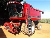 Colheitadeira Agrícola, Marca Case, Modelo 2566, ano 2013, Completo, com Plataforma de Corte 25 Pés