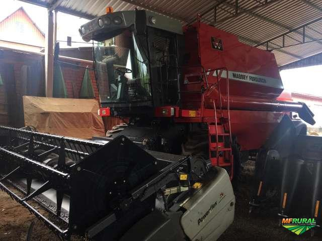 Colheitadeira Agrícola, Marca Massey Ferguson, Modelo MF 32, ano 2012, Completa