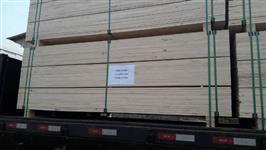 Madeira de pinus bruta e beneficiada