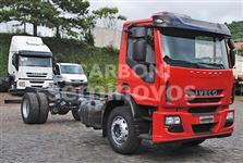 Caminhão Iveco Tector 170E25 Plataforma 4x2 ano 09