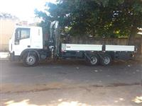 Caminhão Iveco Tector 240E22 ano 14