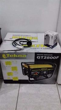 Gerador a gasolina Bi-Volt + 12 V com acessórios