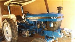 Trator New Holland 7630 4x2 ano 94