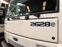 Caminhão Ford C 2628e 6x4 ano 09