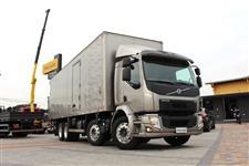 Caminhão Volvo VM 330 ano 15