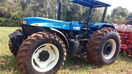 Trator New Holland 4x4 ano 10