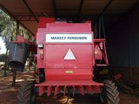 Colheitadeira Massey Fergusson MF 32
