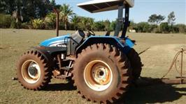 Trator New Holland TS 110 4x2 ano 05