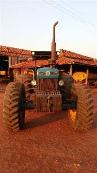 Trator Outros New Holland 4x4 ano 00