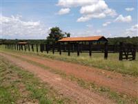 Linda Fazenda e Pousada em Bonito - MS
