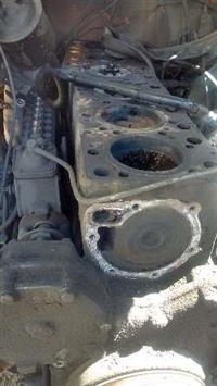Motor Scania 111