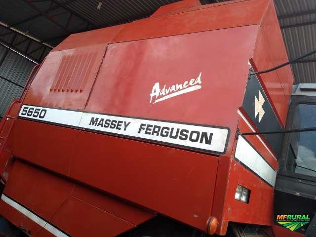 Colheitadeira Massey Ferguson MF 5650 advance