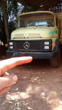Caminhão Mercedes Benz (MB) 2213 ano 82