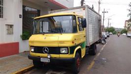 Caminhão Mercedes Benz (MB) 608 ano 84