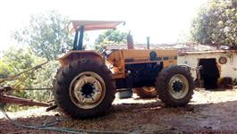 Trator Valtra/Valmet 128 4x4 ano 86