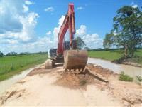 Escavadeira Hidráulica Link Belt 210 2014
