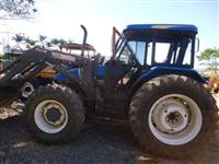 Trator Ford/New Holland TL 100 4x4 ano 02