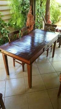 Mesa de 6 lugares de madeira demolição