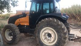 Trator Valtra/Valmet BM 125 4x4 ano 16
