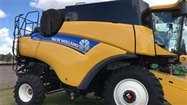 COLHEITADEIRA NEW HOLLAND CR6080