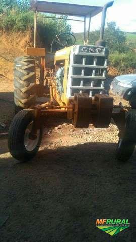 Trator Cbt 2105 4x2 ano 85