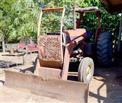 Trator Massey Ferguson 295 4x2 ano 89