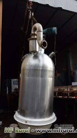Compro/ procuro  Tacho tipo buller, concentrador a vácuo capacidade acima de  1 000 litros