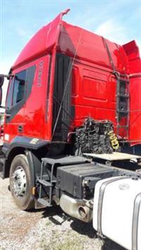 Caminhão Iveco Stralis NR 740S46T 6x4 ano 13