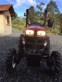 Trator Yanmar 4x4 ano 16