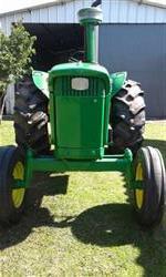 Trator John Deere 4020 4x2 ano 63
