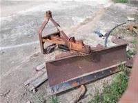 Trator Agrale 4100 4x2 ano 80