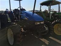 Trator New Holland TL 55 E 4x4 ano 10