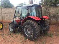 Trator Massey Ferguson 4290 4x4 ano 17
