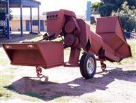 Máquina colher milho