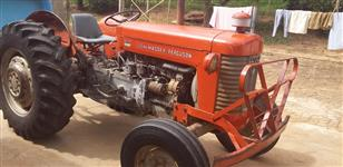 Trator Massey Ferguson 55 X 4x2 ano 70