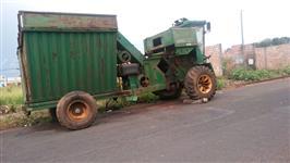 Colhedora de milho espiga John Deere