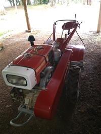 Trator Tobata Mini/Micro 4x2 ano 17