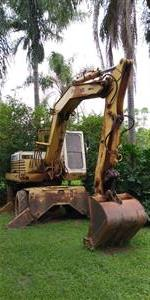 Escavadeira de Pneu