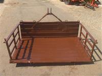 Plataforma hidráulica traseira