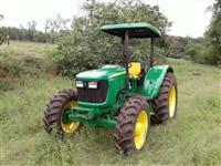 Trator John Deere 5075 E 4x4 ano 11