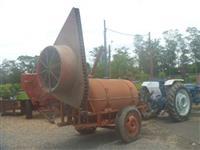 Pulverizador marca Natali, capacidade 2000 lts, com turbina e volute