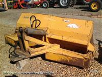 Pá carregadeira hidráulica Tatu 1,80 mts