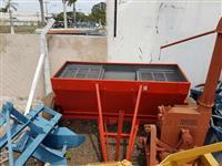 Distribuidor de calcáreo tipo cocho Santa Isabel 1500 kg