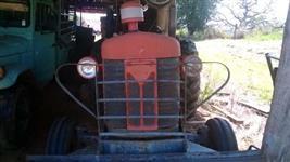 Trator Massey Ferguson 50X 4x2 ano 70