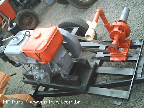 Motor de irrigação Yammer NB10 acoplado bomba caçula com carreta 2 rodas.
