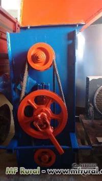Batedeira de hidráulico para cereias osório usada