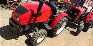 Trator Agrale 4100 4x4 ano 04